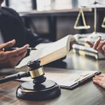 Op juridische kosten besparen