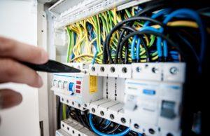 De essentie van de regeling van elektra in huis en kantoor