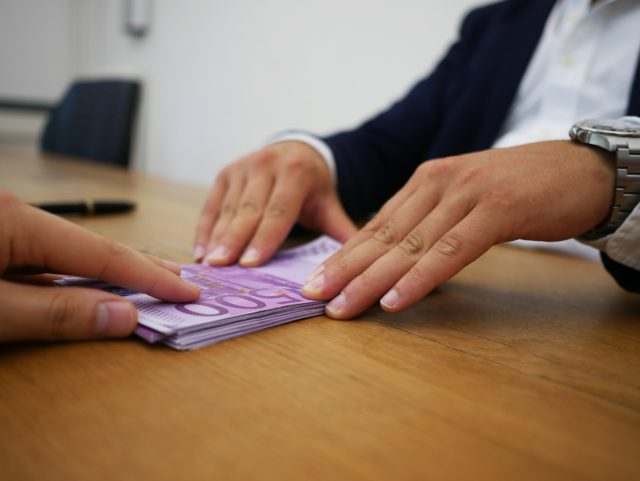 4 tips om de meest gunstige lening te vinden