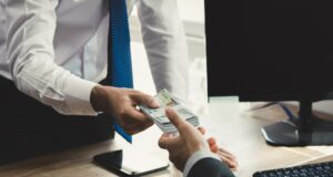 Gemakkelijk en snel als zzp'er geld lenen binnen 10 minuten