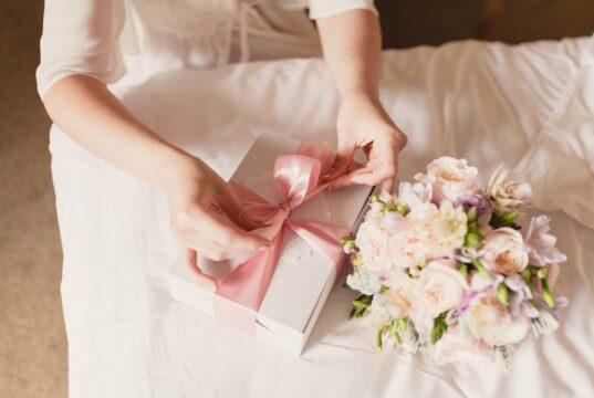 Huwelijkscadeau geven: aan welke opties kun je denken?