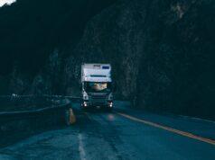 Wat zijn de rijtijdenregels bij vrachtwagenchauffeurs